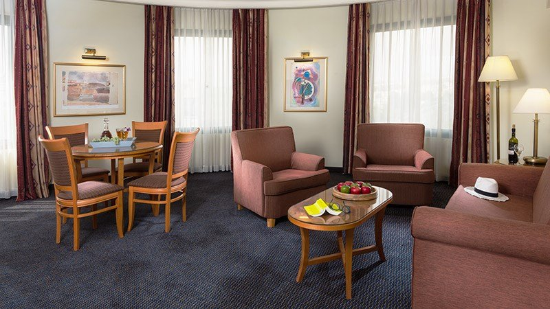 Hotel rooms -  Grand Court