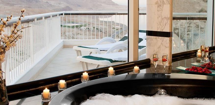 Jacuzzi in  David Dead Sea hotel