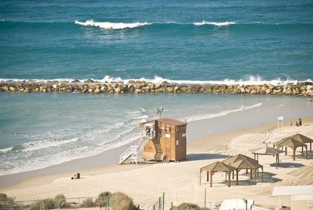 Grand Beach Tel Aviv - beach
